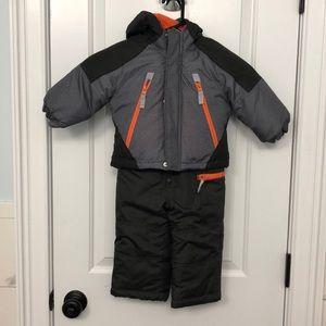 Brand new snow suit